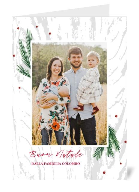 Biglietto a libro personalizzato con immagine di una famiglia felice.